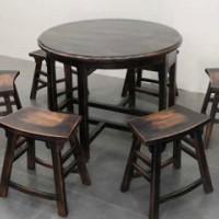 Elm round table